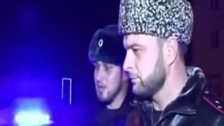 Бестрашный полицейский против Кадырова