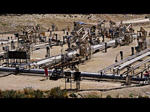 Saudi Arabia Says Won't Cut Oil Output Alone, Prices Fall