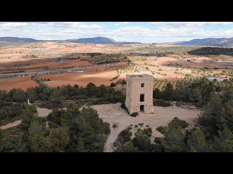 El Telégrafo de Requena (Valencia) a vista de drone (4k)