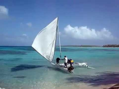 Marshall Islands ailuk canoe