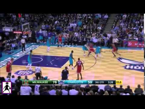 Lance Stephenson - Dunks on Larry Sanders!