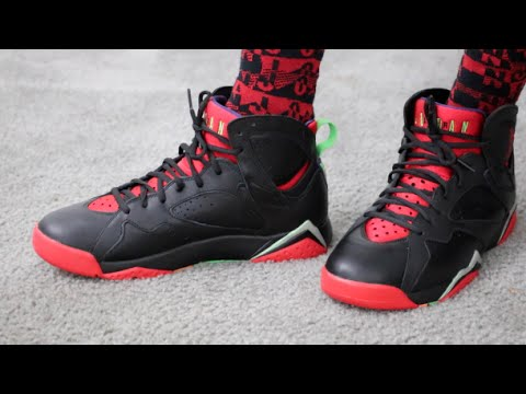 the best attitude 1d8f9 272ee Air Jordan 7 Retro Marvin The Martian Sneaker Review