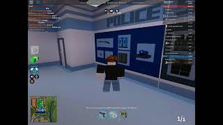 How to be a police officer on roblox,arrest inmates and criminals and gain money. Part 1 (jailbreak)