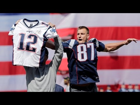 Gronk Steals Tom Brady S Jersey And Brady Tackles Him Fenway Opening Day 2017