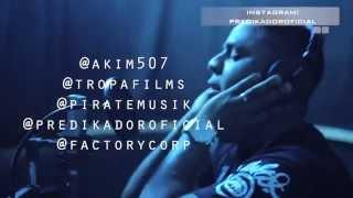 Akim  - No sabes del Amor  (Lyric Video)  ft. Predikador