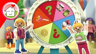 Playmobil Film Familie Hauser - Lisas Einweihungsparty mit Glücksrad - Puppenhaus Video für Kinder