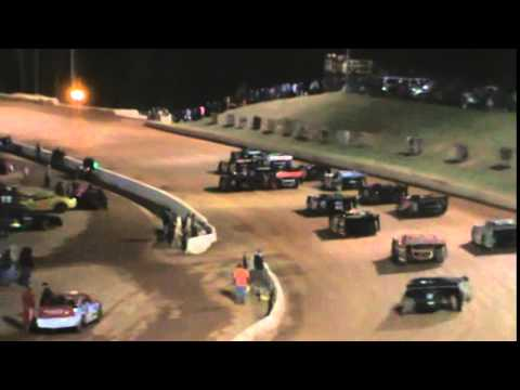 Q1 Racing @ Friendship Motor Speedway Feature 4-4-15 Outside