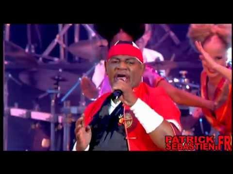 Carl Douglas - Kung Fu Fighting - Live dans Les Années Bonheur