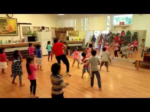 Chicken Ku Ku Du Koo For Review- 4-6 Yr Olds At Valley EB Bollywood Dance School