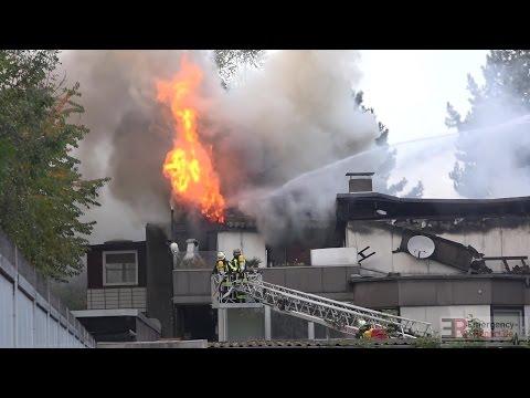 [GEBÄUDEBRAND ZÜNDET DURCH] - GROSSBRAND IN DUISBURG | FLAMMEN & MASSIVE RAUCHENTWICKLUNG -