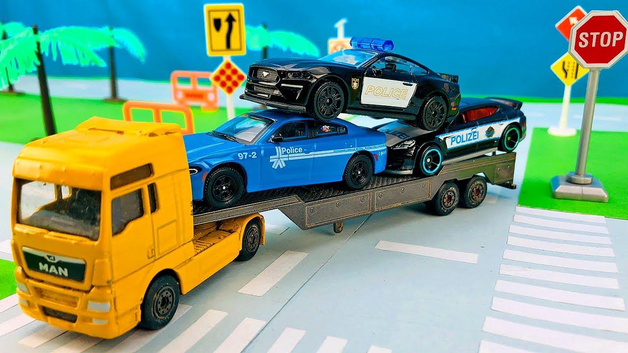 Carros Policías en Pista de Carreras - Choque de Camión y Carros de Carreras - Videos para Niños