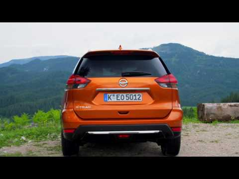 New Nissan X Trail Exterior Design In Orange Pearl | AutoMotoTV