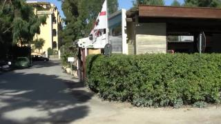 Camping La Mariposa in Alghero, Sardinia - reception and bungalow