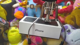 WINNING AN iPHONE 7 FROM THE CLAW MACHINE!