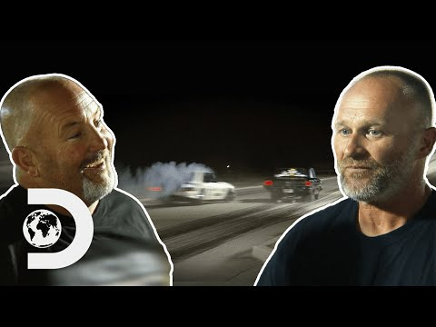 Chuck Nearly Crashes Into Opponent In The First Race! I Street Outlaws
