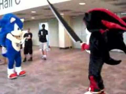 Otakon: Hedgehog Sword Fight - YouTube
