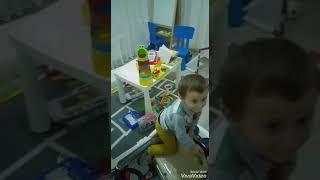 Yusuf miraç odasını topluyor