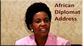 Minister Maite Nkoana-Mashabane addresses African diplomats in Pta