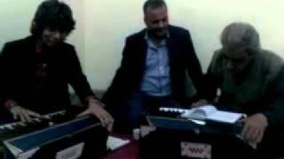 Mohsin shaukat with Ustad Inayat Ali Khan