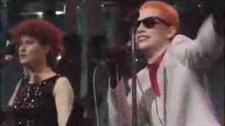 Eurythmics - This Is The House (live)