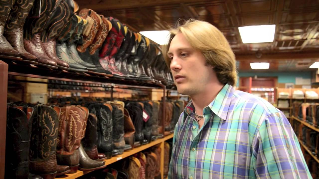 How to Buy Cowboy Boots - YouTube