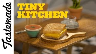 Tiny Grilled Cheese & Tomato Soup l Tiny Kitchen