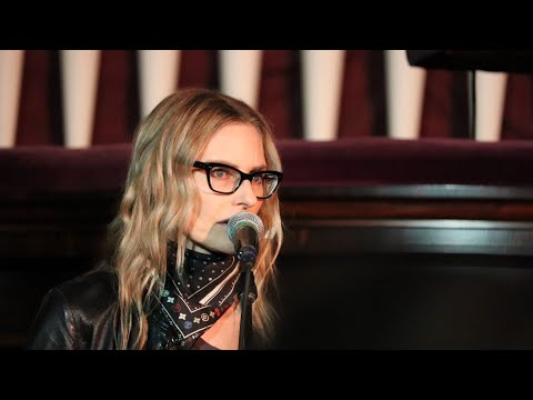 "Aimee Mann ""Voices Carry"" 6-30-17 at North Church (Portsmouth, NH)"