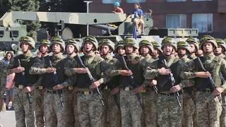 В Запорожье состоялся военный парад ко Дню Независимости Украины