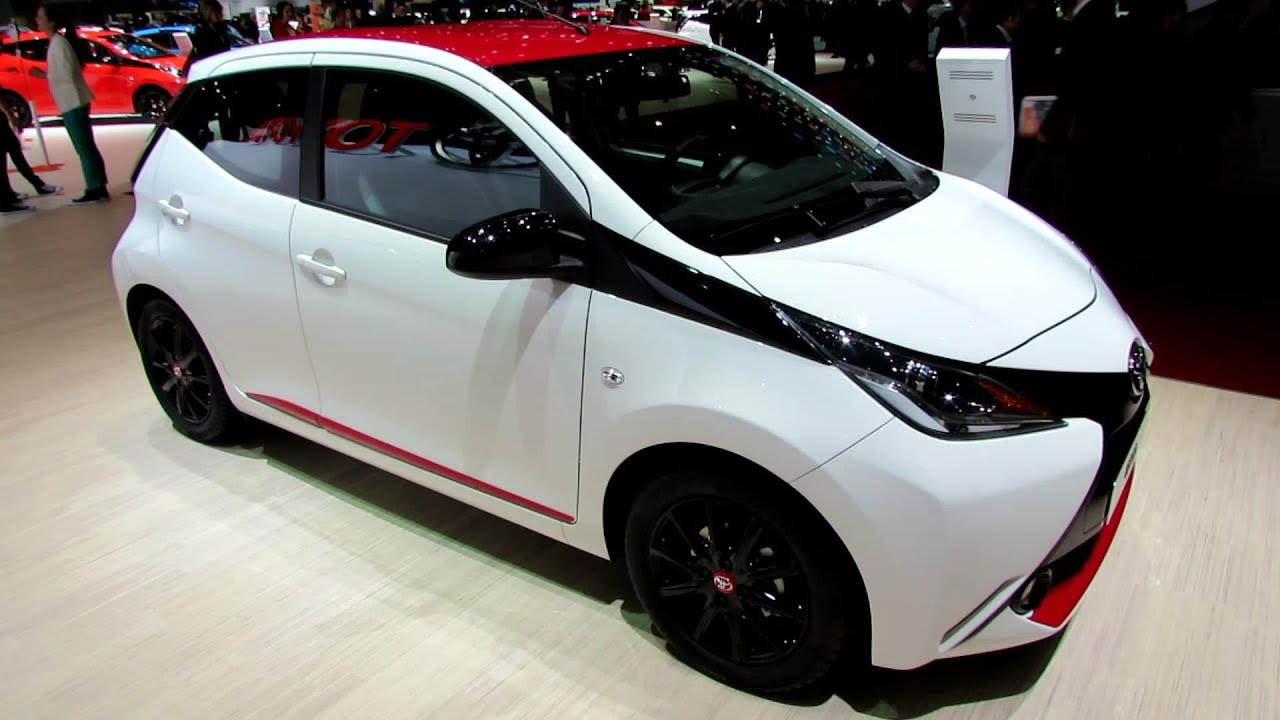 2015 Toyota Aygo x-Play - Exterior and Interior Walkaround - Debut ...