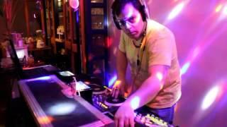 Radiowebmobile.com , Vous présente promo-DJ-Timboots suivez le ..