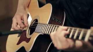 Product Spotlight - Taylor 214ce Deluxe Grand Auditorium Cutaway Acoustic Guitar thumbnail