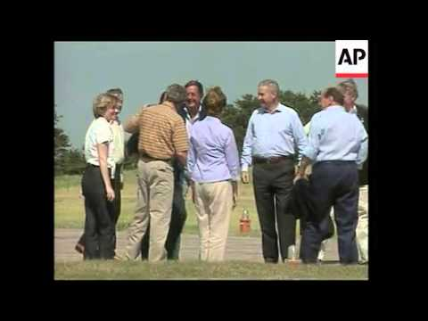 Italian PM Arrives At Bush's Texas Ranch For 2-day Visit