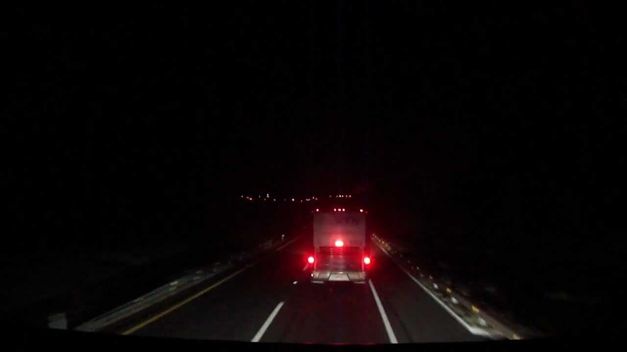 Etn 2 Pisos En Autopista De Noche Youtube