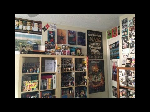 FANDOM ROOM TOUR 2017: DC, Stranger Things, Broadway,  Dan and Phil, Harry Potter, Disney and More