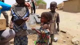 Baklava ve afrikalı çocuklar