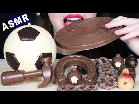 ASMR EDIBLE SOCCER BALL, CHOCOLATE TOOLS & PRETZELS (EATING SOUNDS) No Talking MUKBANG 먹방