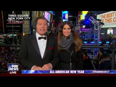 Rachel Platten -  Beating Me Up (Live at New Year's Eve in Times Square)