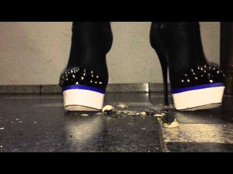 New high heels unboxing second angle view - 5 2
