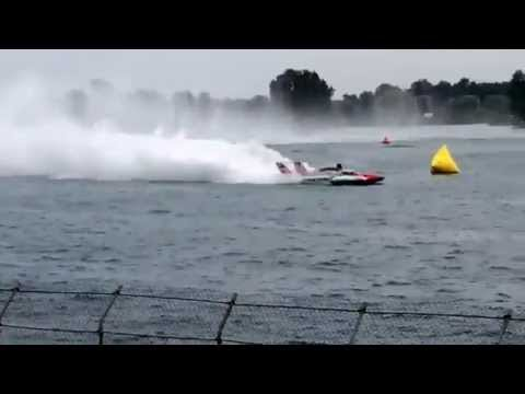 Hydroplane Speed Boat Race In Detroit MI. 200 Mph!