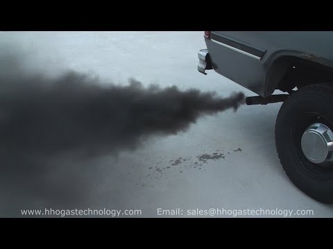 HHO Gas Engine Carbon Cleaning On A 1992 Chrysler Dodge Pickup Engine 8-7-2015