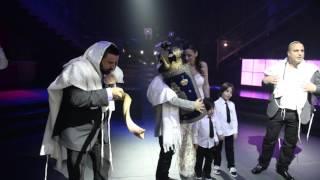 המאיר לבריות בהכנסת חתן בר מצווה