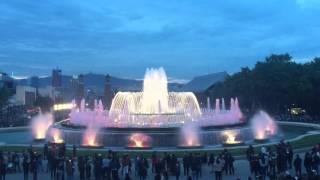 Барселона. Поющие фонтаны. 8 мая 2016 г.(Барселона. Поющие фонтаны у подножия горы Монжуик под песню в исполнении Freddie Mercury (Фредди Меркьюри) and Montserrat..., 2016-05-08T10:11:00.000Z)