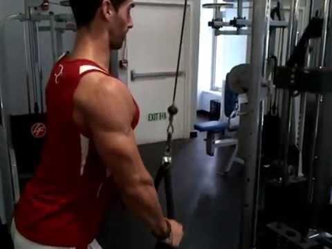 David Costa - Fitness Model - Circuit training au Crunch Gym NYC
