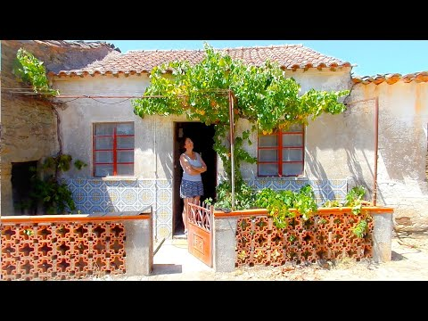 We Bought a Tiny House in Central Portugal !!