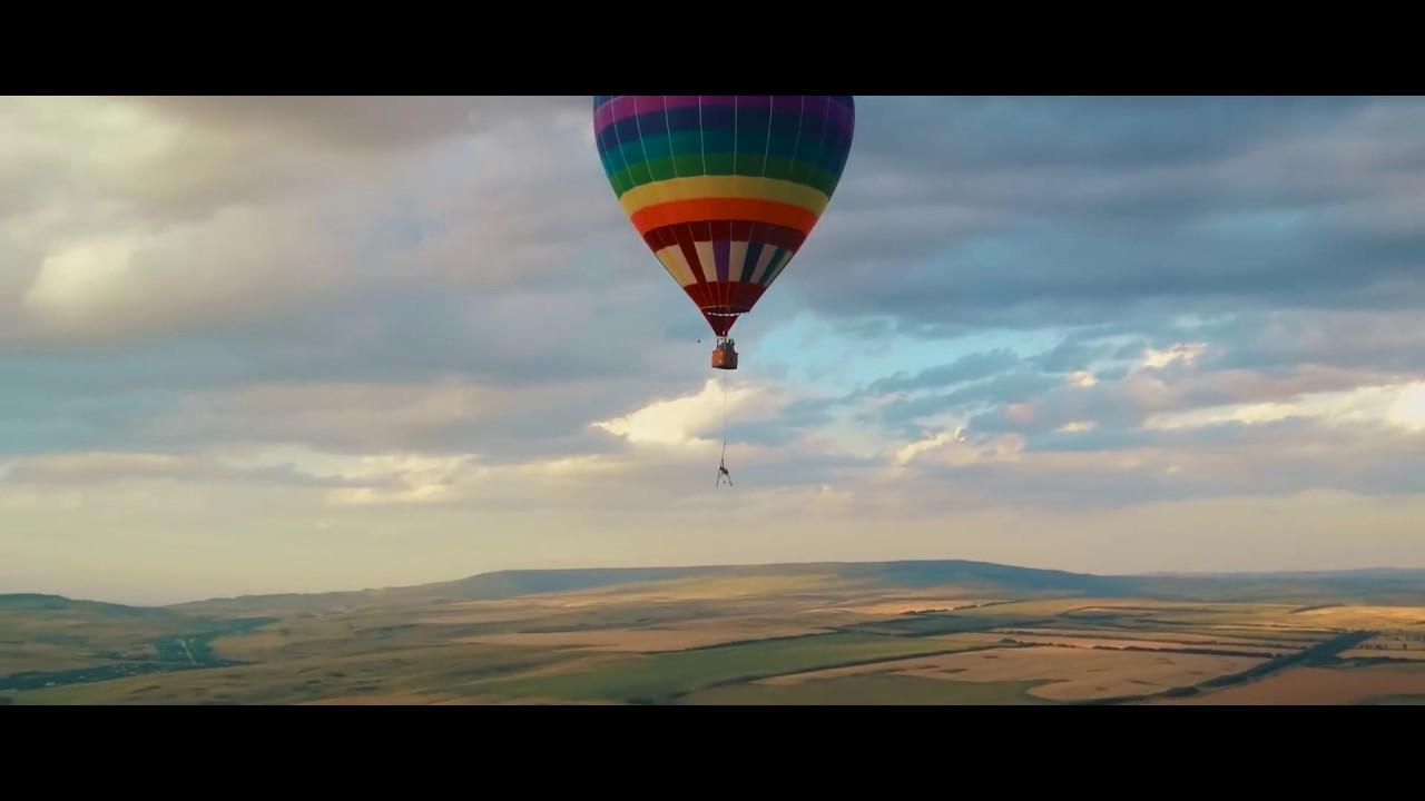 Первое в мире AIRSHOW на воздушном шаре с пилоном