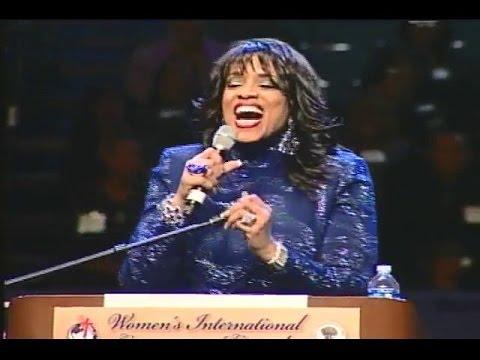 2010 Gospel Music Explosion - Vickie Winans