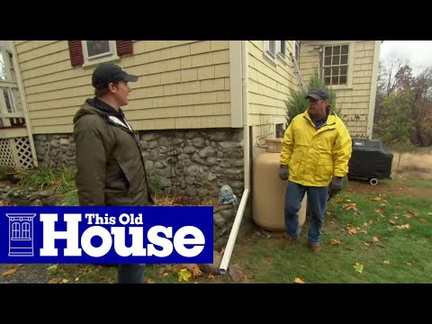 How to Drain Downspout Water Flow Away from a House