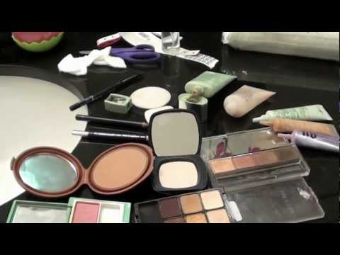 How to Disinfect your Makeup and Brushes