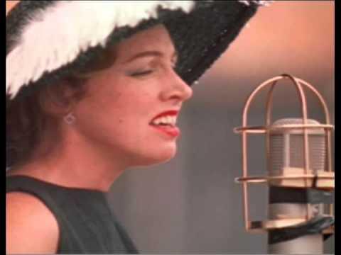 Beautiful Love in the style of Anita O'Day (Karaoke)