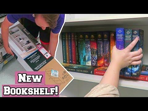 Buying AND Organizing My New Bookshelf!